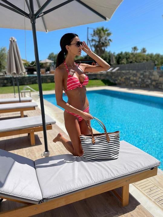 Modelka odletěla na řecký ostrov Kréta.