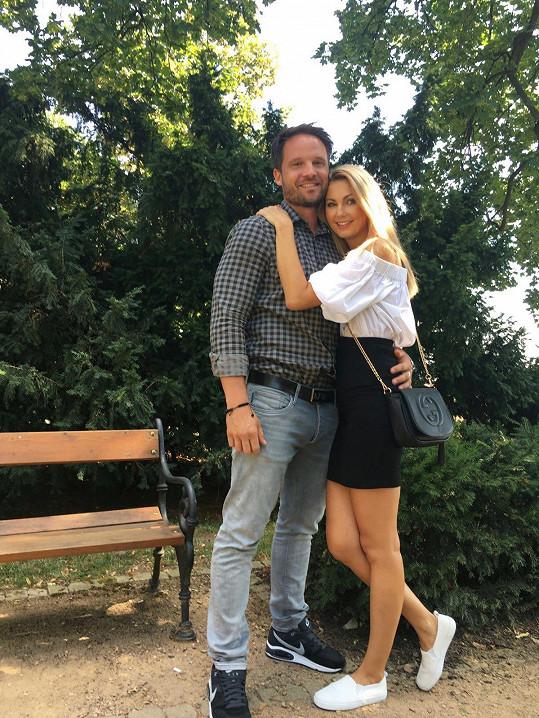 Sandra Parmová s přítelem Pavlem.