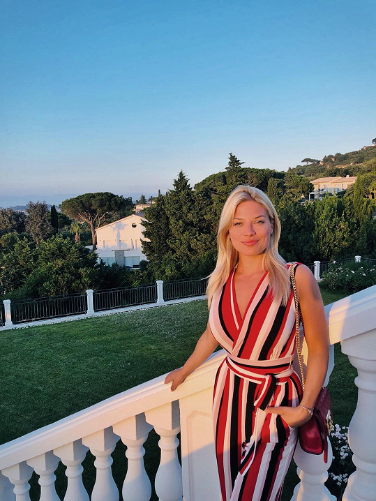 Moderátorka vyrazila do Saint-Tropez.