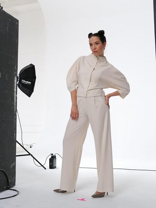 Tereza Kostková si občas ráda zahraje na modelku.