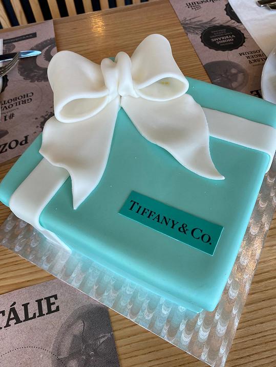 Dort inspirovaný šperkařským domem Tiffany & Co.