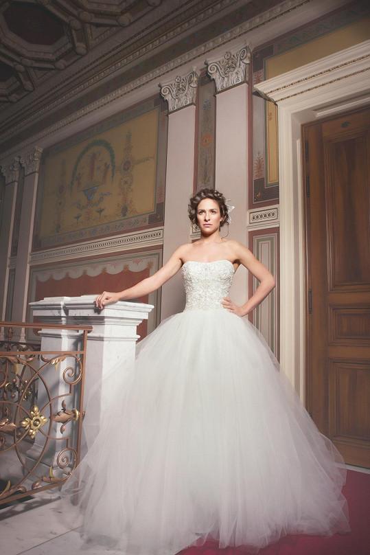 Kubařová se stala tváří kolekce svatebních účesů.