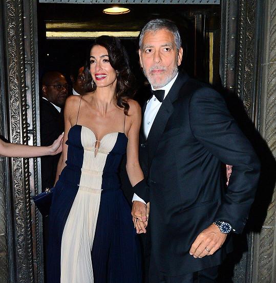 George Clooney podpořil manželku Amal při přebírání prestižního ocenění.