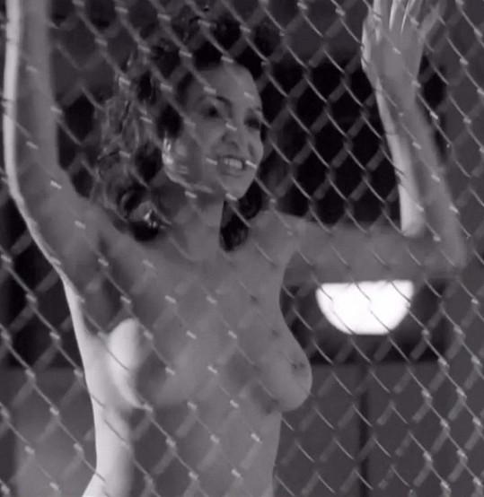 Angelina Jolie v kontroverzním filmu Gia (1998)