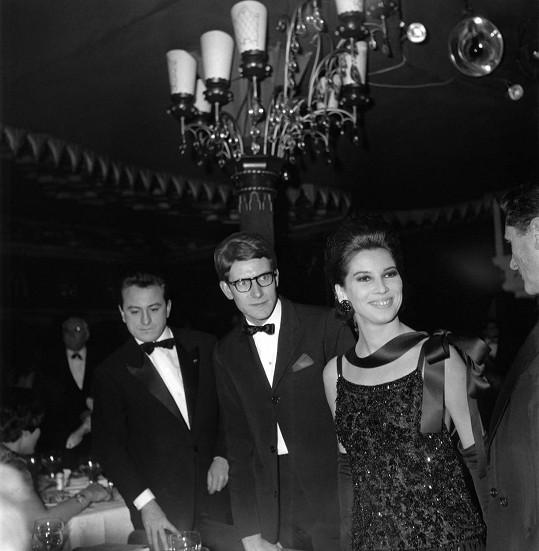 Módní návrhář Yves Saint Laurent v roce 1962