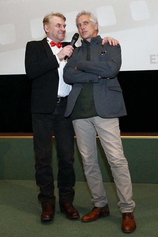 Tomáš Hanák s režisérem a (spolu)scenáristou, tím dalším je Jaroslav Dušek, Tomášem Vorlem