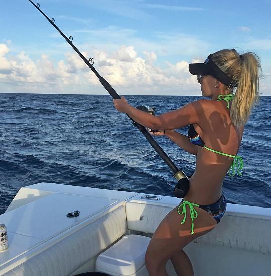 Michelle boduje i na rybářských soutěžích.