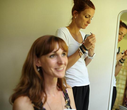 Míša Maurerová se coby ambasadorka zajímavého projektu stala vrbou i rádkyní 12 žen, jež chtěly najít cestu samy k sobě i ostatním, rozvíjet svůj přirozený potenciál a objevit vlastní ženskost.