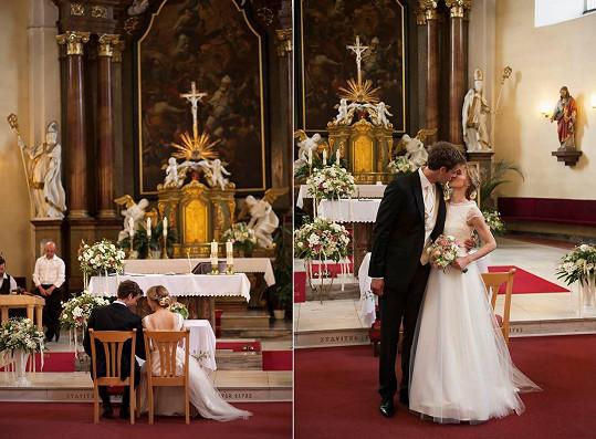 Svatba se uskutečnila na Valašsku. Obřad proběhl v kostele.