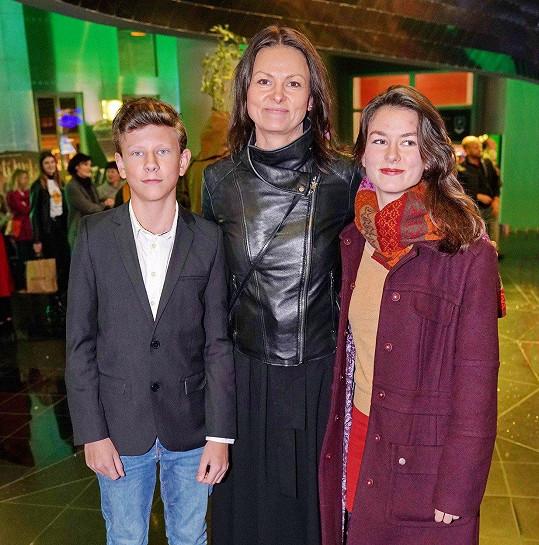 Klára Melíšková s dětmi
