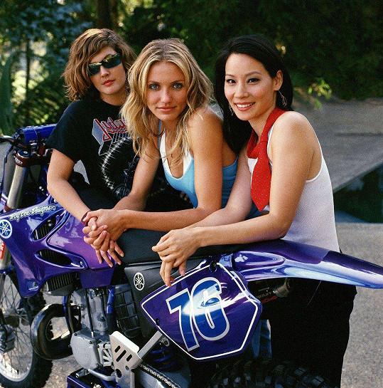 Charlieho andílci v podání Drew Barrymore, Cameron Diaz a Lucy Liu (zleva)