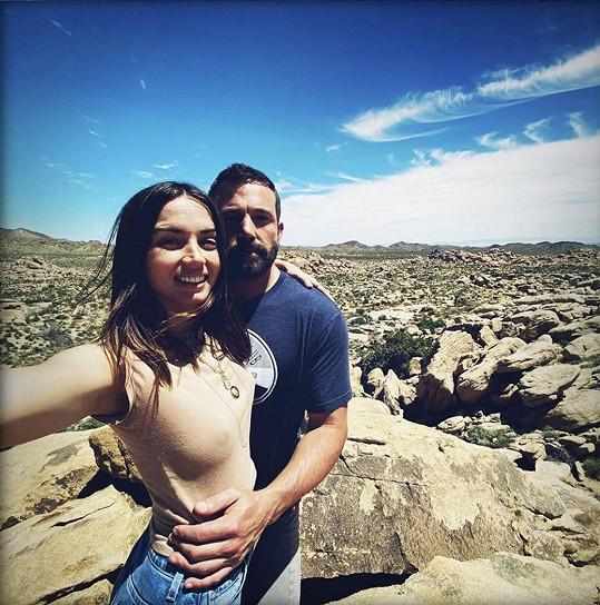 Ben Affleck a jeho první veřejné selfie s Anou de Armas.