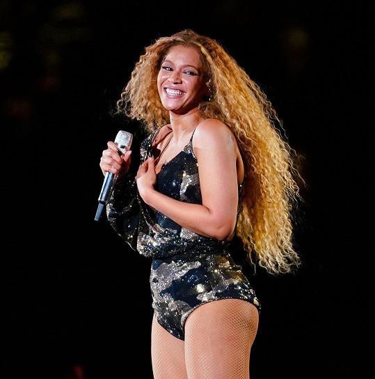 O devět měsíců později už vystupovala na oblíbeném festivalu.