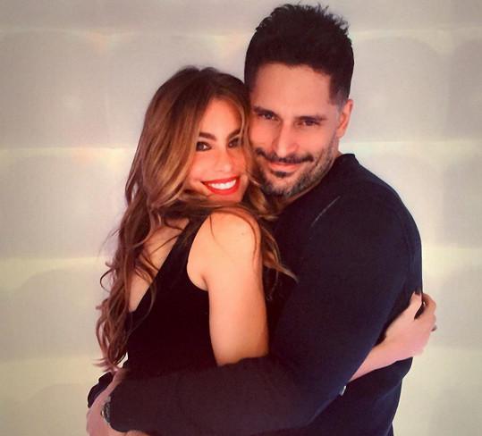 Sofia Vergara a její pohledný snoubenec Joe Manganiello