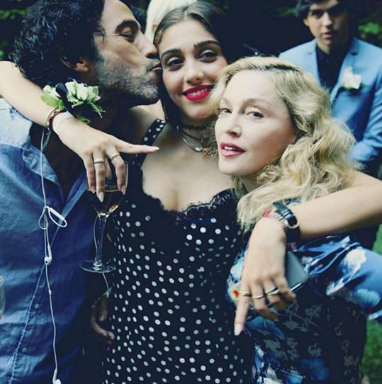Lourdes s rodiči Madonnou a Carlosem Leonem