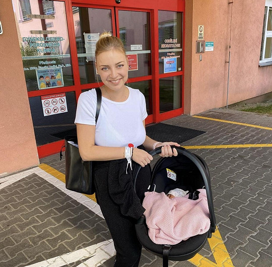 Markéta Konvičková opustila porodnici.