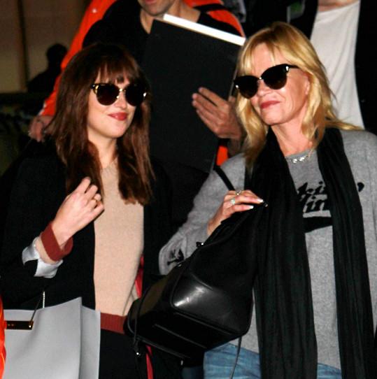 Dakota s matkou Melanií Griffith