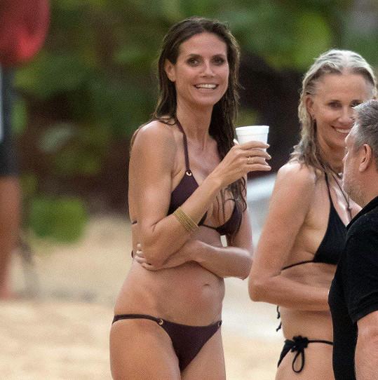Heidi Klum vypadá pořád výborně.