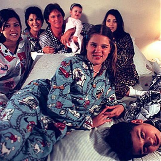 Klan Kardashian-Jenner na snímku z roku 1996