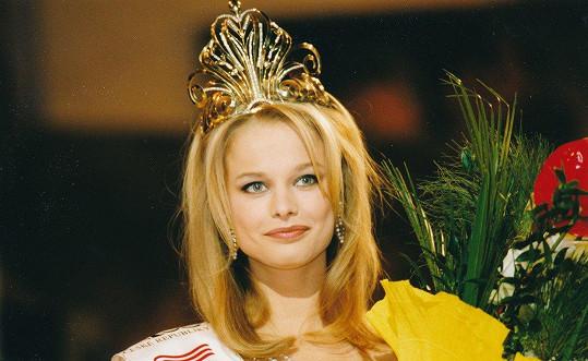 Helena Houdová v době, kdy vyhrála Miss ČR 1999