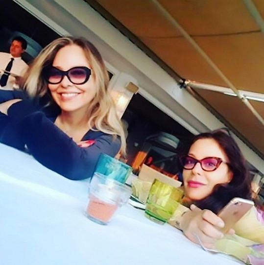 Se slavnou matkou Ornellou Muti (62)