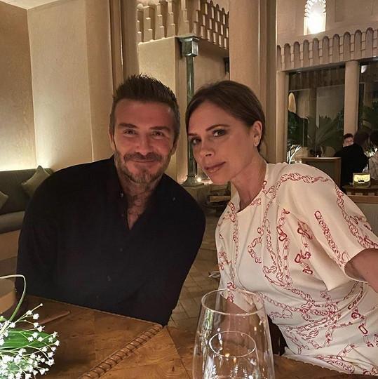 A vzala si za manžela Davida Beckhama.