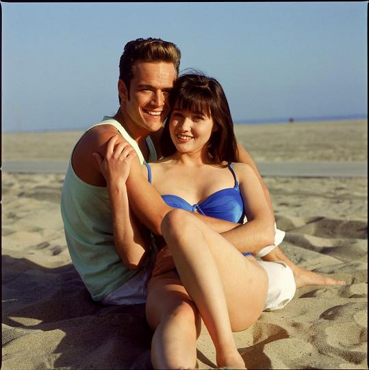 Shannen Doherty a Luke Perry v seriálu Beverly Hills 90210