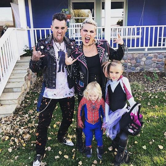 S dětmi Willow a Jamesonem