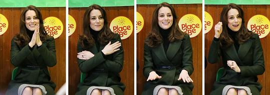 Kate si ve škole s ostatními i zazpívala.