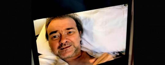 Derek Draper má za sebou roční hospitalizaci s covidem a následnými vážnými potížemi.
