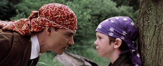 S Johnnym Deppem hrál už ve filmu Hledání Země Nezemě v roce 2004.