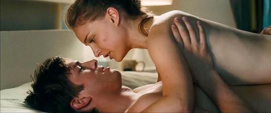 Ashton si užil oscarové Natalie při natáčení filmu Hlavně nezávazně.