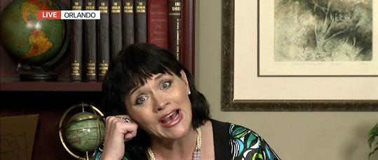 Samantha Markle vyloženě škemrá o pozornost.