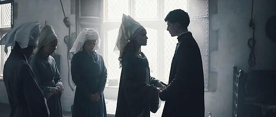Ve filmu Král si zahráli Jindřicha V. a jeho choť Kateřinu z Valois.