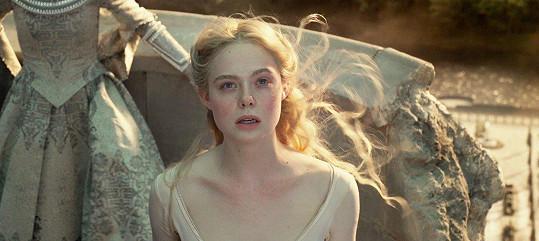 Elle ve filmu Zloba: Královna všeho zlého