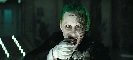 Jared Leto byl za roli Jokera ostře kritizován.