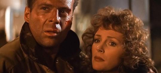Bruce Willis a Bonnie Bedelia ve filmu Smrtonosná past