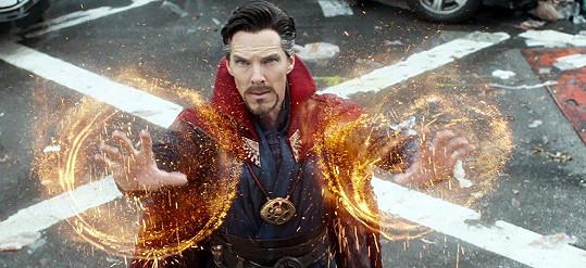 Jeho hrdinou je Doctor Strange.