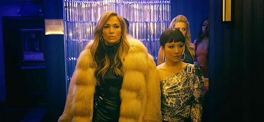 Jennifer a Constance v rolích striptérek