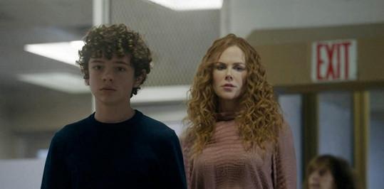 V minisérii Mělas to vědět si zahrál syna Nicole Kidman a Hugha Granta.