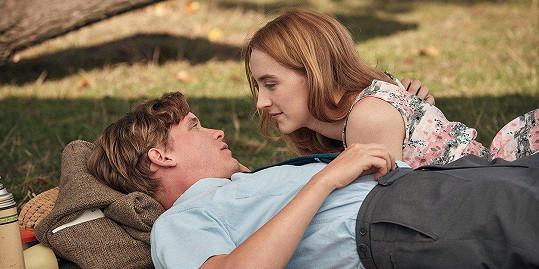 Saoirse Ronan ve filmu Na Chesilské pláži
