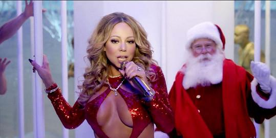 Takhle si Mariah představuje oslavu vánočních svátků.