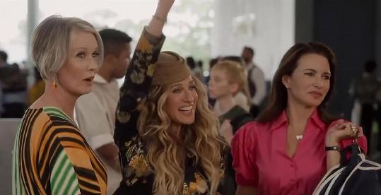 Miranda, Carrie a Charlotte znovu spolu v pokračování Sexu ve městě. Nová desetidílná minisérie nese název And Just Like That.