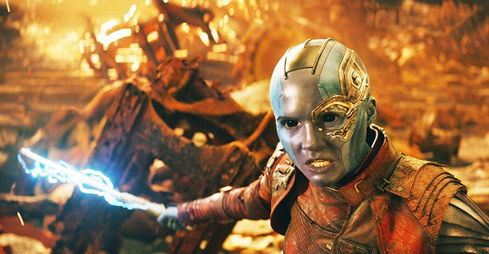 Karen Gillan shodila hřívu pro roli Nebuly ve Strážcích Galaxie.