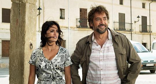 Manželský pár už spolu hrál v několika filmech, naposledy ve snímku Všichni to vědí (2018).