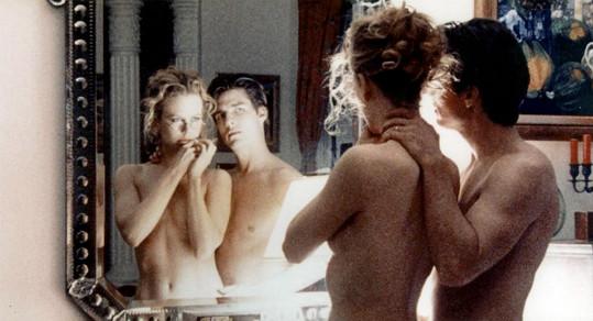 Nicole Kidman a Tom Cruise ve filmu Spalující touha
