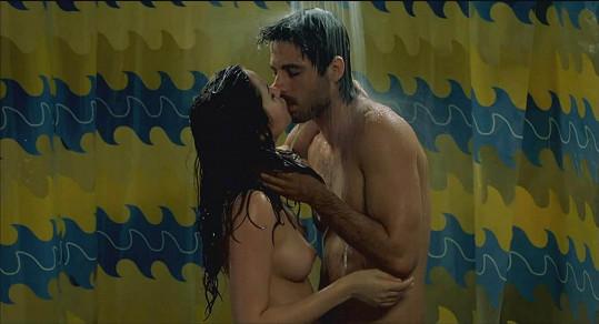 Ve španělském filmu Mentiras y gordas ztvárnila hlavní roli.