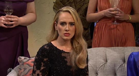 Adele účinkovala v Saturday Night Show na stanici NBC. Šlo o její první vystoupní v americké televizi od Grammy 2017.