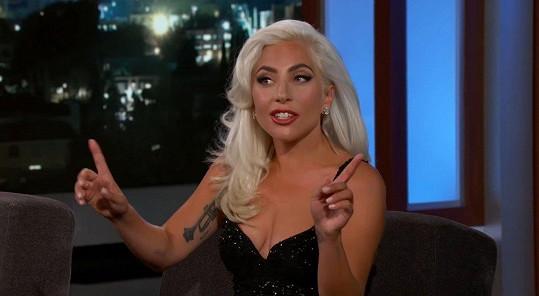 Lady Gaga vystoupila v pořadu Jimmyho Kimmela.