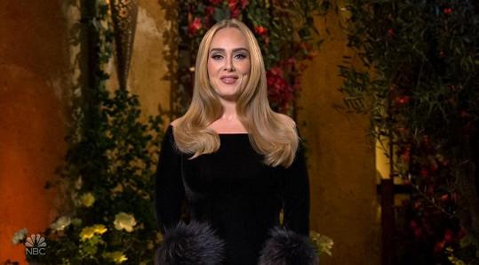 Zpěvačka v show žertovala na téma hubnutí i svých milostných potíží.